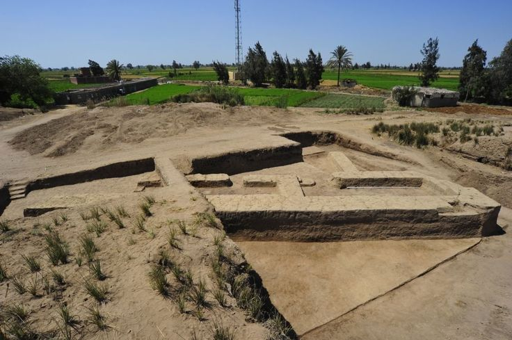 Four Pre-Dynasty - Naqada Tombs Discovered At Tel-Al-Farkha In The Nile Delta, Egypt - MessageToEagle.com