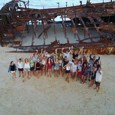 Palace Adventures on Fraser Island 🌎 🇦🇺 #australia #skyrec #drone #inspire #mavic #palaceadventures #fraserisland #wreck #mahenowreck #maheno #group #beach #sea #meer #urlaub #drohne #boat #schiff #sunset