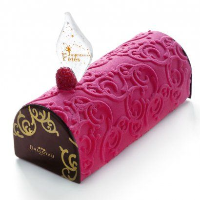 "Art de la table : Bûche de Noël ""Le Berri framboise et vanille"" (by Paris Dalloyau)"