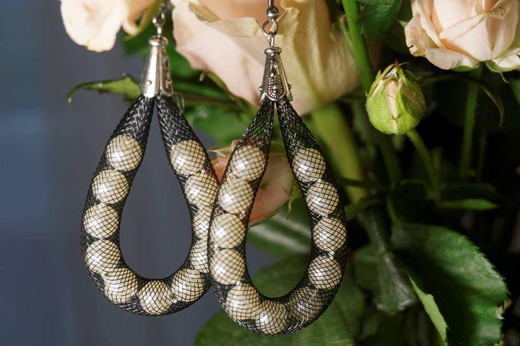 Black dangle net earrings and bracelet - Net jewelry - Pearl set- Beaded earrings - unique earrings - gift for her - gift for wife by HappyArtesana on Etsy