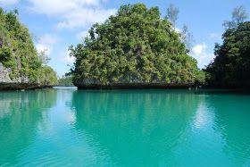The Voyage of Yacht Zulu: Zulu News: Embarking on a Two-Day Full Moon Sail to Fulanga, Southern Lau, Fiji