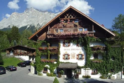 Romantik Hotel Spielmann (****) QIAOPING CEPE has just reviewed the hotel Romantik Hotel Spielmann in Ehrwald - Austria #Hotel #Ehrwald