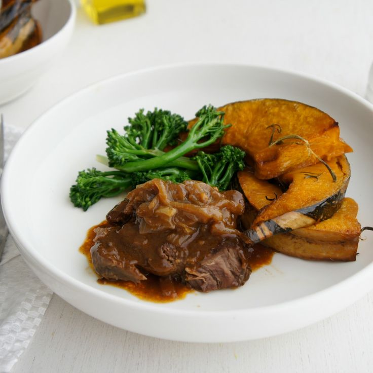 """Braised Steak and Onions by mirham - """"WOW!""""  - Allana68"""