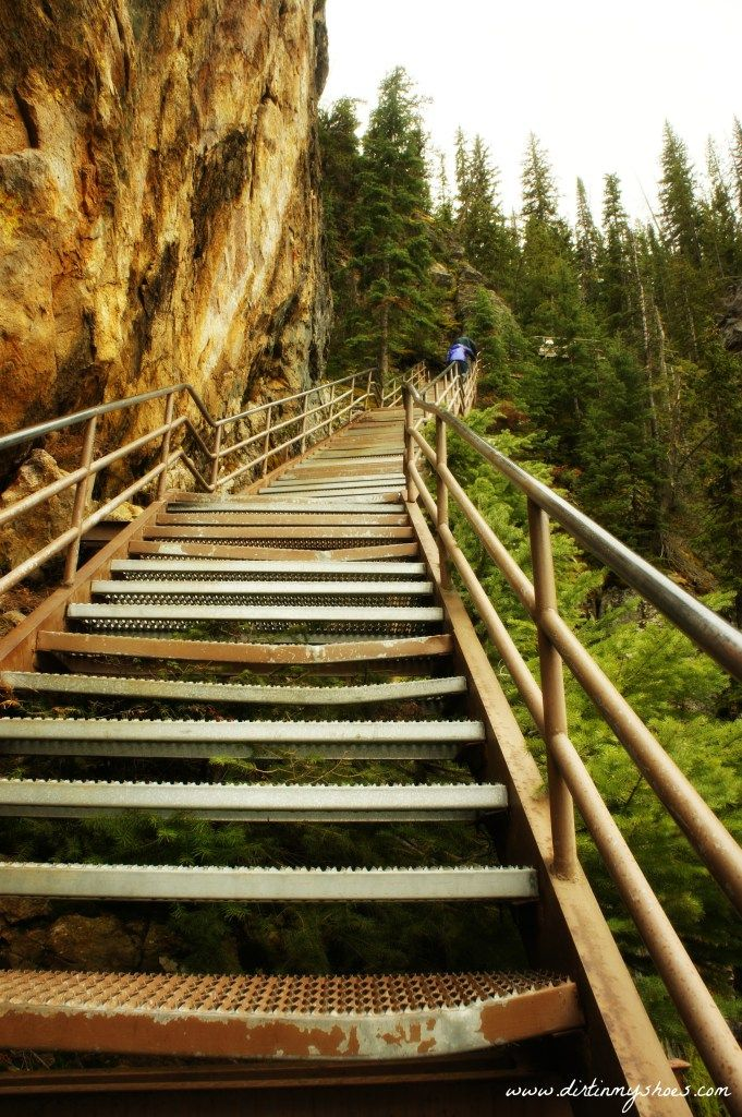 Uncle Tom's Trail || Yellowstone National Park || Dirt In My Shoes