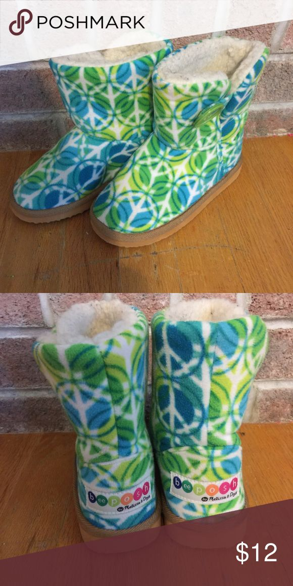 Girls blue and green peace sign fuzzy boots Please feel free to ask any questions or make an offer, and as always THANK YOU for shopping my posh closet! Xoxo -Tish beeposh Shoes