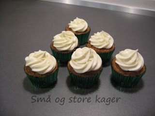 Små og store kager: Gulerodscupcakes med cream cheese frosting...