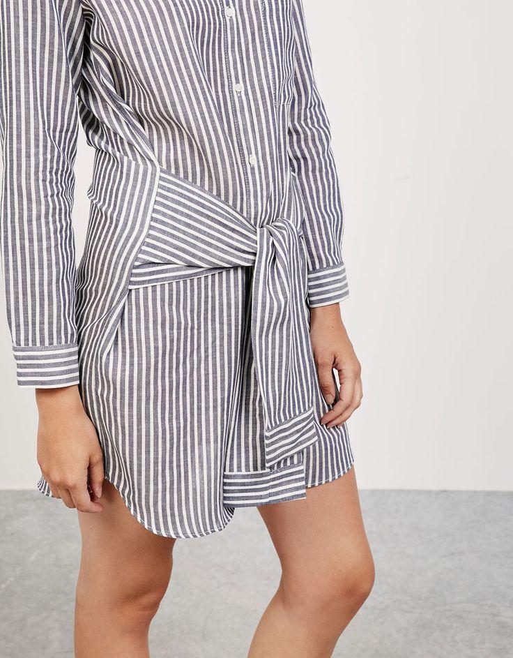Robe chemise rayée nœud sur les manches - Robes - Bershka France