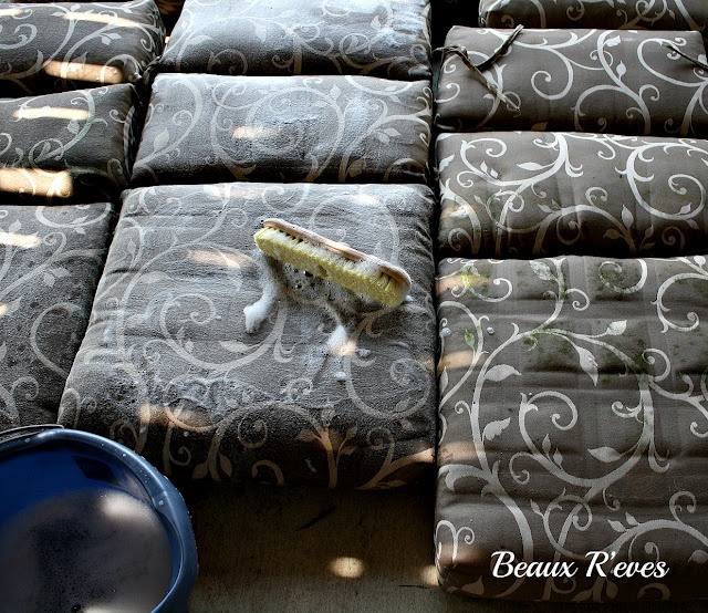 Beaux Ru0027eves How To Clean Outdoor Cushions