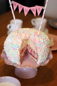 Geléhallonfluff tårta.