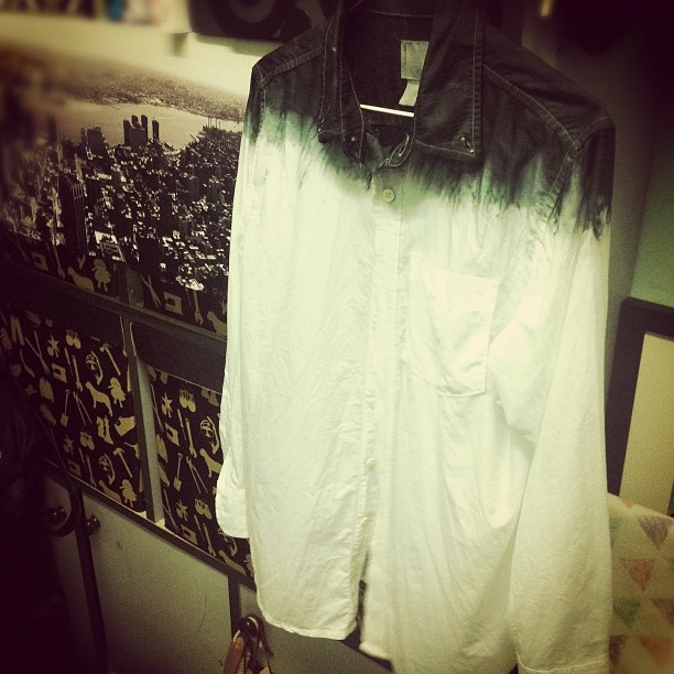 my diy.black dip dye shirt
