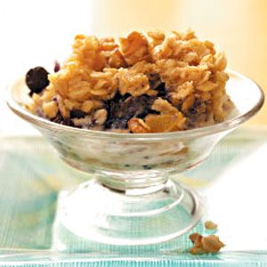 Baked Blueberry & Peach Oatmeal from Rosemarie Weleski, Natrona Heights, Pennsylvania - Healthy Cooking magazine