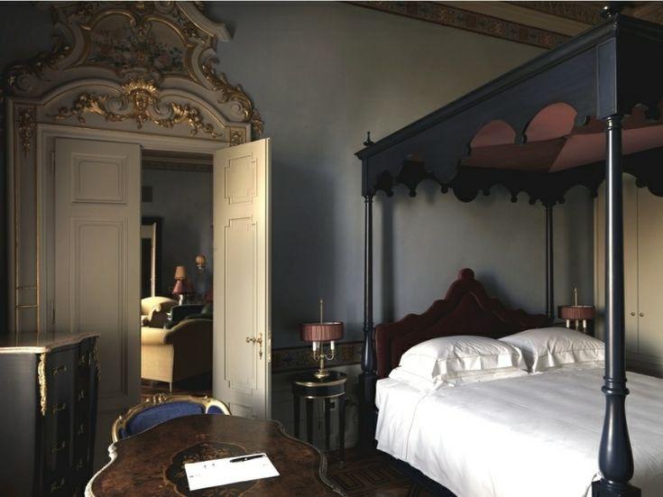 Wonderful Antique Villa In Italy : Old Style Applied In Antique Villa Bedroom  Design
