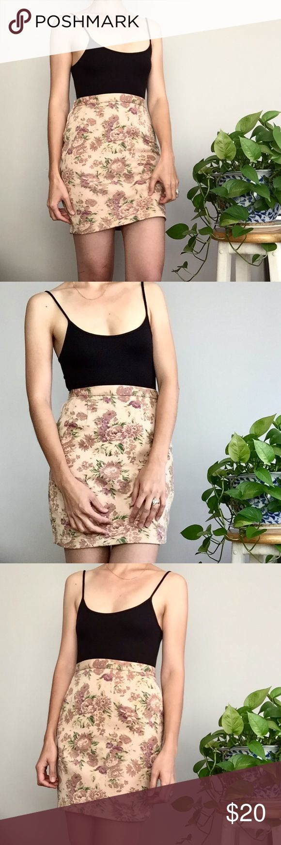"""VINTAGE • Floral Mini Skirt • I no longer lower my prices but I am open to offers! Send me an offer (or click """"bundle"""" and I'll send you my lowest) •  rose print vintage skirt • high waisted • ideal for approx. 26"""" waist • stretch knit fabric Vintage Skirts Mini"""