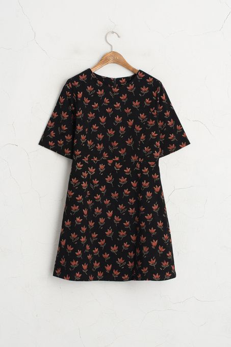 Floral Point Dress, Black, 100% Cotton