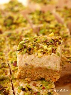 cheese cake salata mortadella e pistacchi