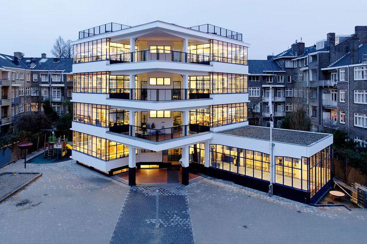 Eerste openlucht school (First Open Air School), Amsterdam, 1929-1930, designed by Jan Duiker