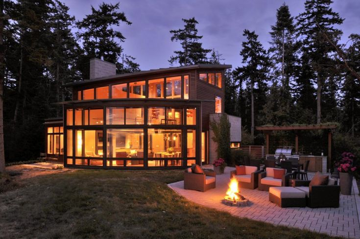 Fantastic Bayfront House overlooking Sunset Bay