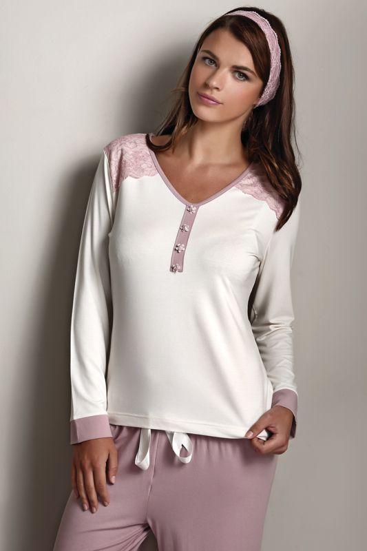 Damska bambusowa piżama FRANCESCA z bambusowego włókna, marki Luisa Moretti. 100% bambusowe włókno zadowoli kobiety z wrażliwą skórą i alergiczki.