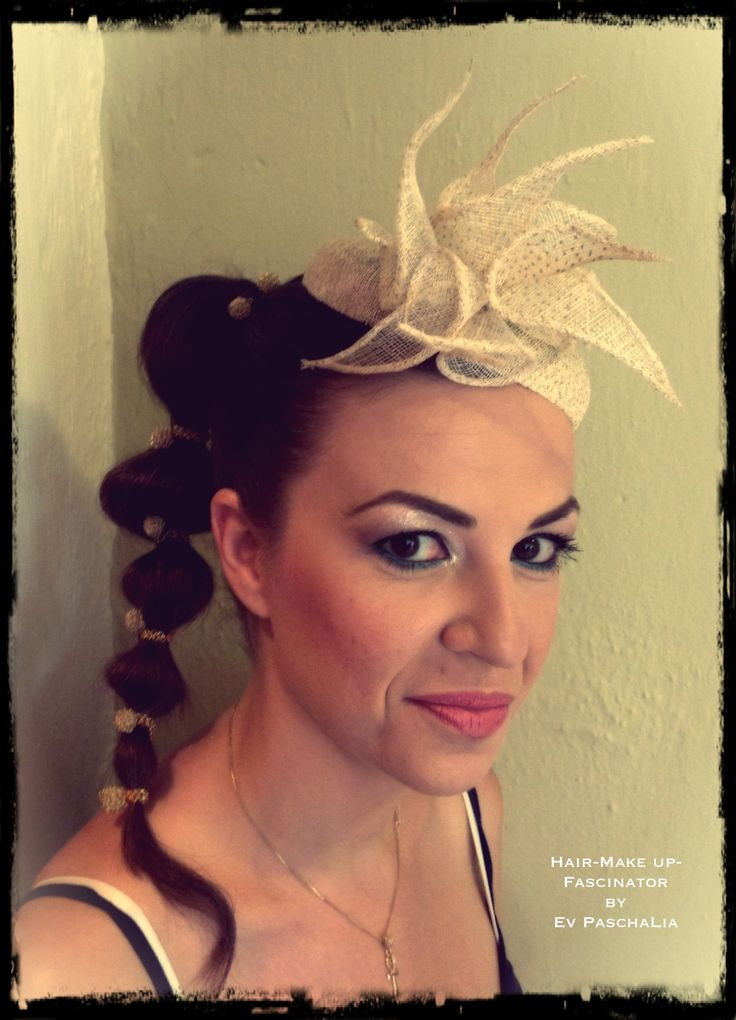 """A bride with my """"fisico"""" sinamay Fascinator."""