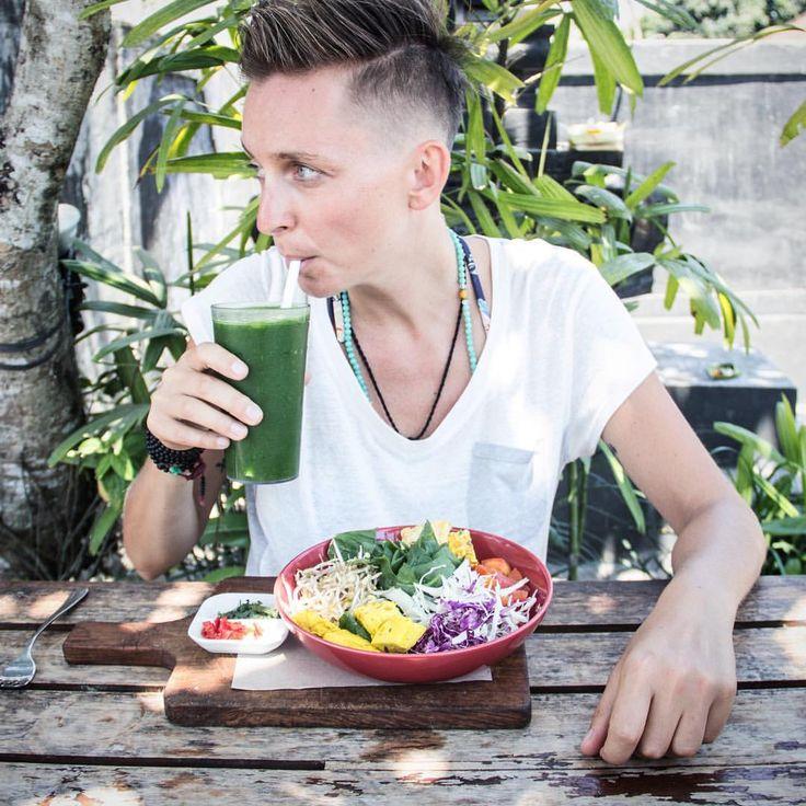 "Stil in Nürnberg | Identity Styling | Farbberatung | Stilberatung | Typberatung - Gefällt 860 Mal, 35 Kommentare - 〜C O N N I B I E S A L S K I〜 (@conni.biesalski) auf Instagram: ""I get so excited about delicious, healthy, vegan food, it sometimes still blows my own mind. Until…"""