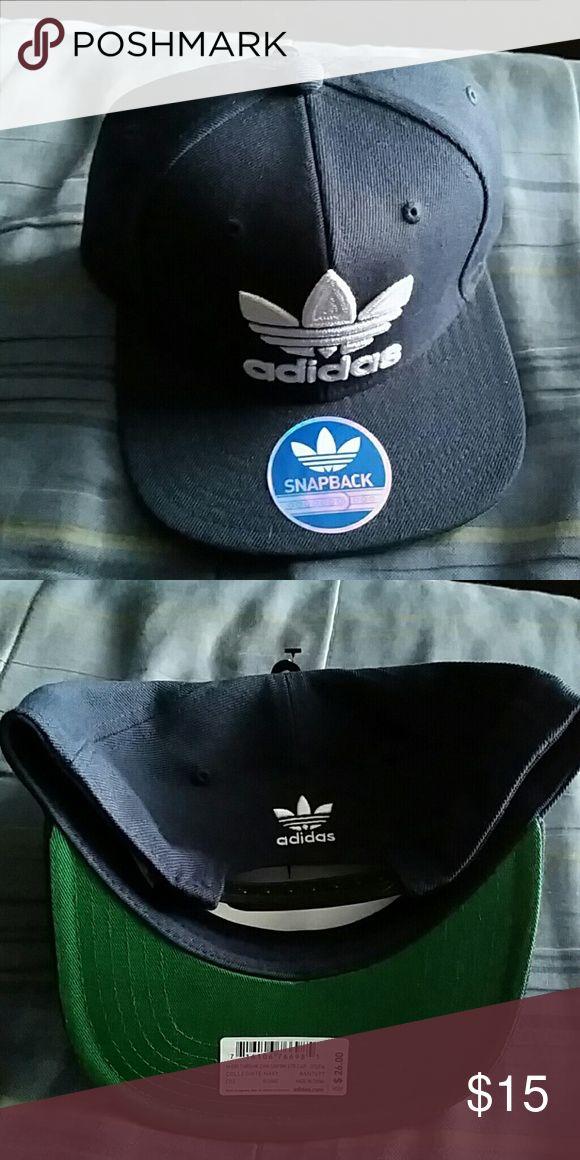 Adidas snapback Navy blue, green under bill, newnever worn. Accessories Hats
