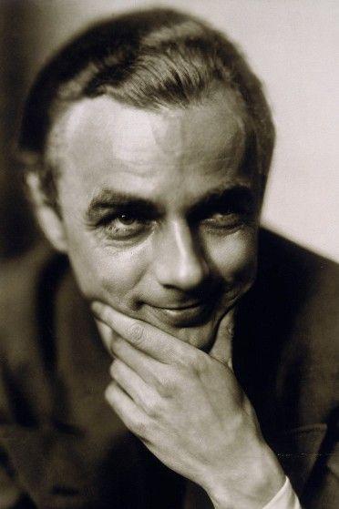 Erich Kästner, 1930