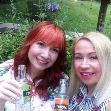 Εμείς διαλέξαμε Lime-Green Tea & Orange-Cinnamon Soda εσείς?
