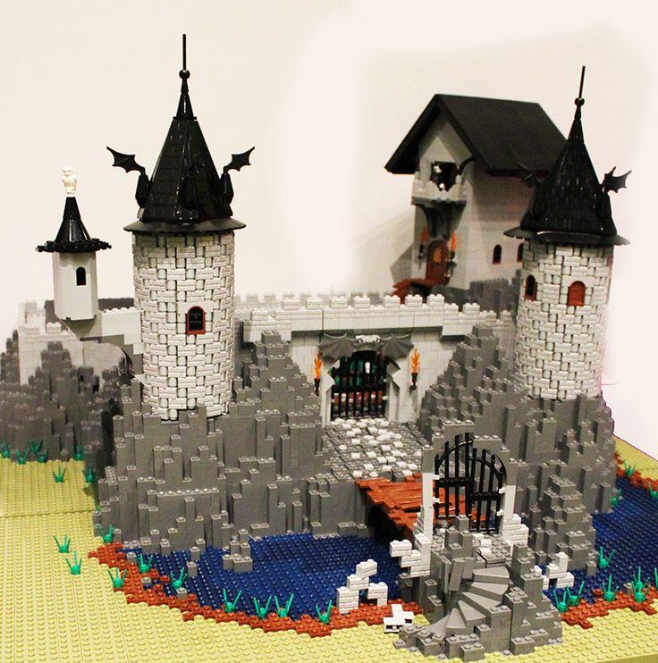 Dracula's Castle LEGO Halloween Model