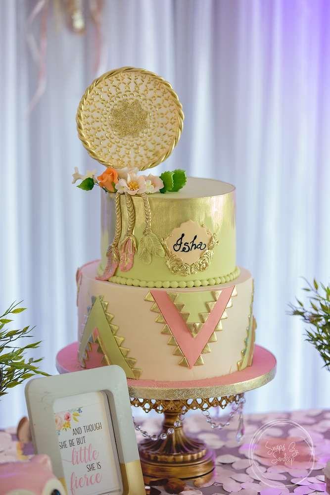 Boho Chic Birthday Party Ideas Photo 1 Of 41 1st Birthday Party For Girls Chic Birthday Party Bohemian Cake