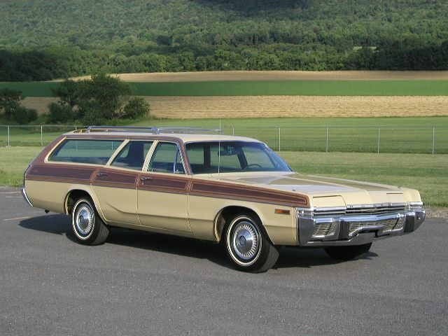 1972 Dodge Monaco Station Wagon. Maintenance/restoration of old/vintage vehicles: the material for new cogs/casters/gears/pads could be cast polyamide which I (Cast polyamide) can produce. My contact: tatjana.alic@windowslive.com