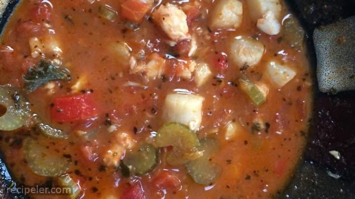 Seafood Creole, recipe, Mix together oregano, salt, white pepper, black pepper, cayenne pepper, thyme, and basil in a small bowl; set aside.Melt butter in a large Dutch oven over medium heat; stir in tomato, onion, celery, green bell pepper, an.