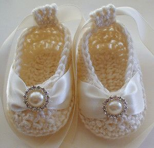 Beautiful Baby Booties in Cream Bamboo - Pearl & Crystal Button Christening too!