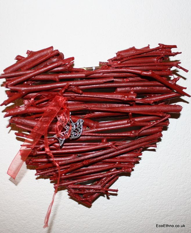 The heart is made of tree twigs #ValentinesDay