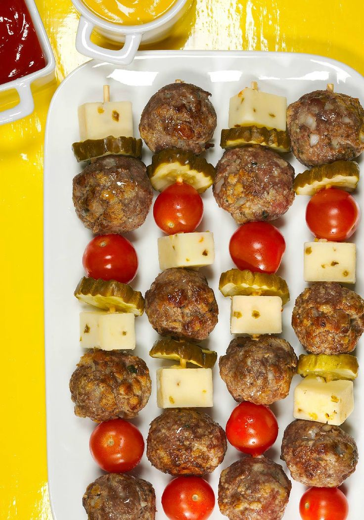 Cheeseburger Meatball Kabobs – When you have Easy Basic Meatballs prepared, this simple recipe can be dinner table-ready in just 15 minutes flat! #TwistThatDish