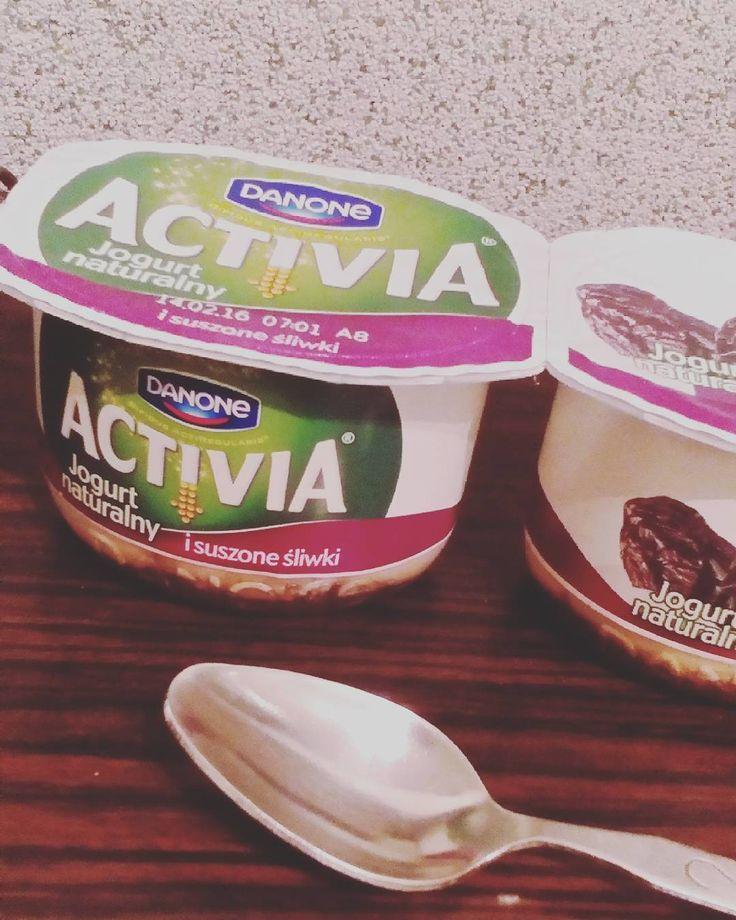 Śniadanie musi być :)  #idealnepolaczenie #nowaactivia #zdrowieiprzyjemnosc https://www.instagram.com/p/BBhNhjrBuv_/