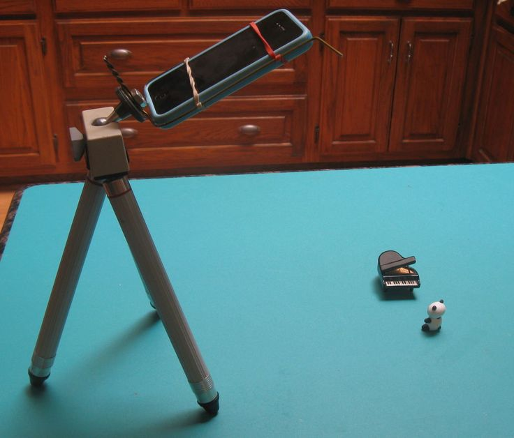 tutorial for a homemade iphone tripod mount