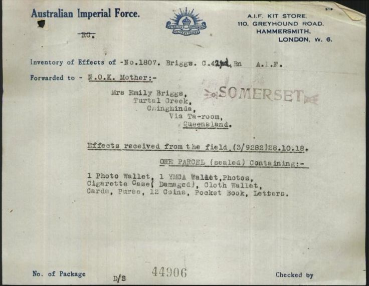 Effects received from the field 28 Oct 1918 - sent to Mrs Emily Briggs of Turtal Creek, Chinghinda Qld.
