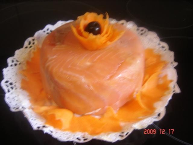 Paté de salmón y jamón (Thermomix 31). Ver la receta http://www.mis-recetas.org/recetas/show/11338-pate-de-salmon-y-jamon-thermomix-31
