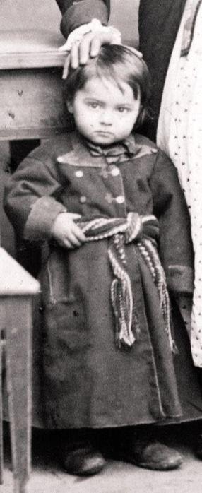 chłopczyk w stroju wilanowskim (czyli stroju z Urzecza)