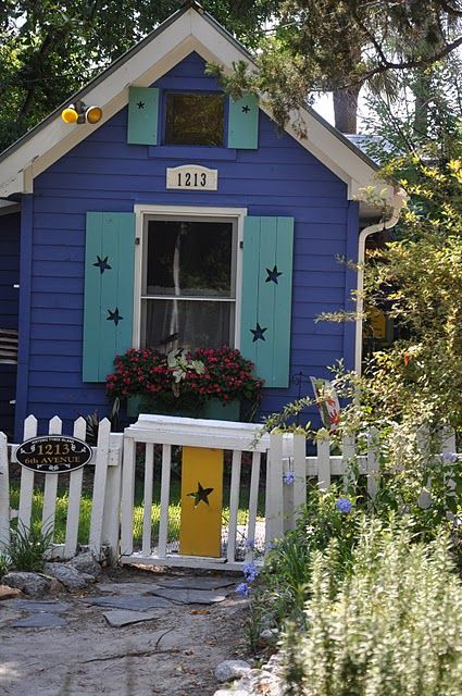 back yard beauty: Beach Cottages, Color, Beach Houses, Tiny Houses, Jane Coslick, Camp Cottage, Playhouse, Coslick Cottages