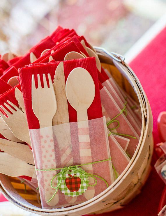 Cute way to package utensils