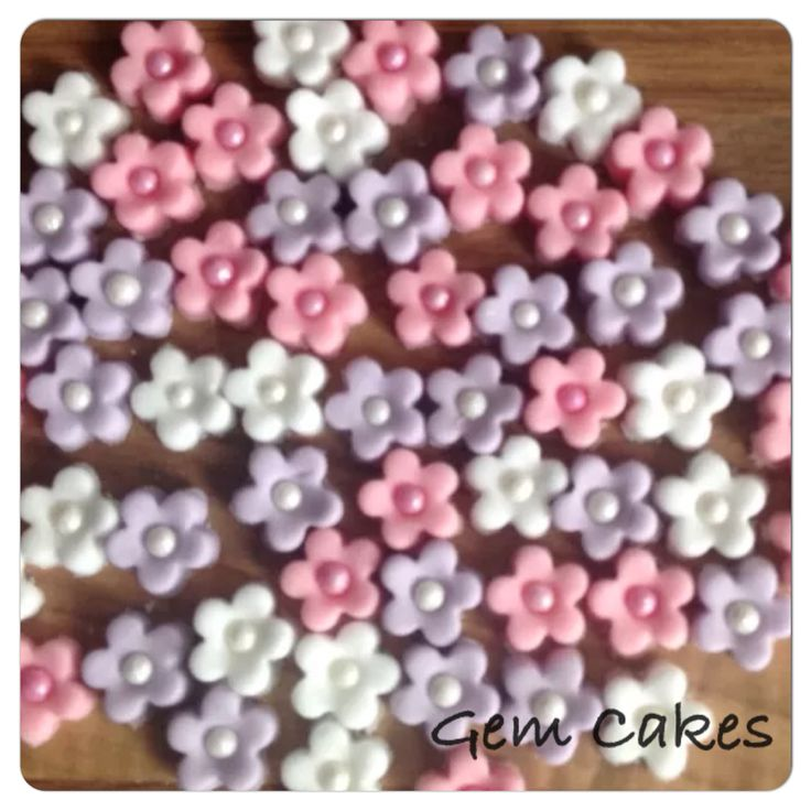Edible Pink Lilac and White Blossom Flowers cupcake decorations