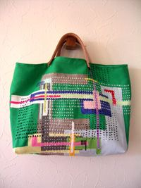 I'm in need of a nursing/ clinical tote, I really like this one! Something different.