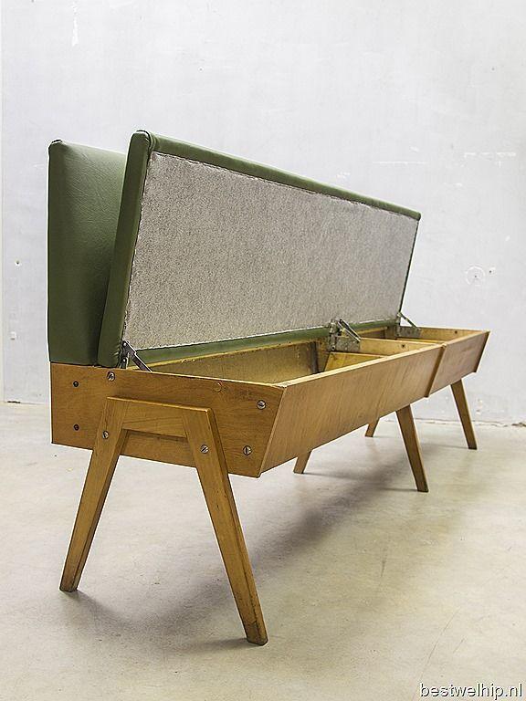 Vintage design eettafel bank industrieel, vintage sofa mid century design |