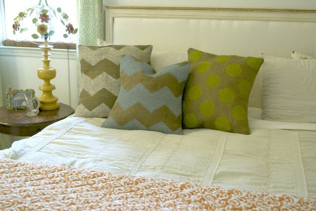 Painted chevron/burlap pillows!