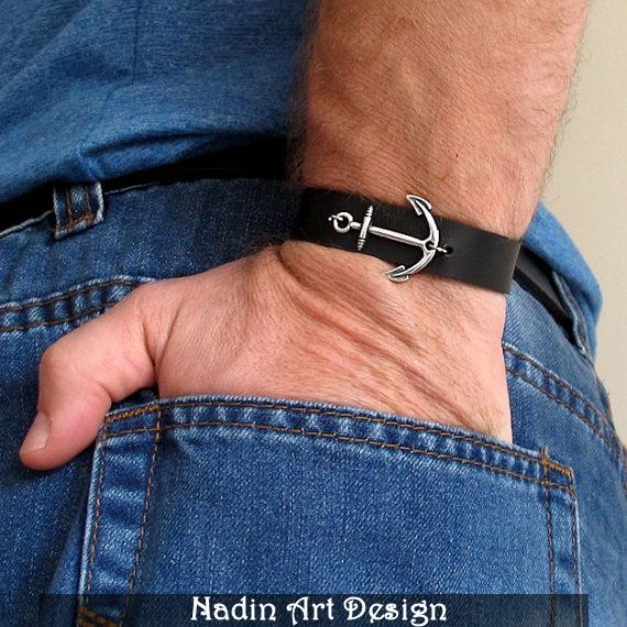 Nautisches Lederarmband / Herren Anker-Armband  von NadinArtDesign auf DaWanda.com