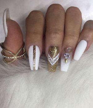 Best 25 diamond nail designs ideas on pinterest black glitter dimonds nails pretty diamond nail designs diamond nailart nails prinsesfo Image collections