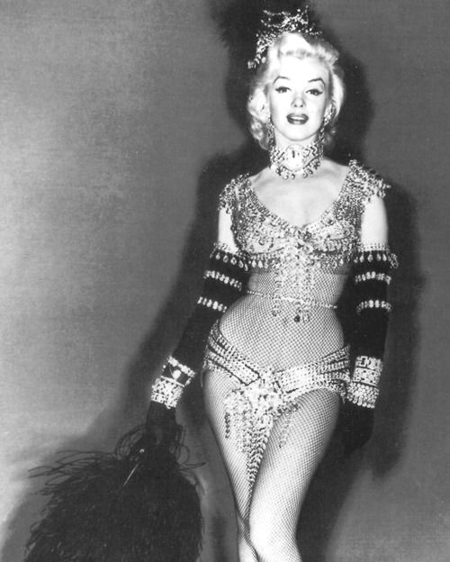 101 best burlesque shakers flappers divas and pin ups - Marilyn monroe diva ...