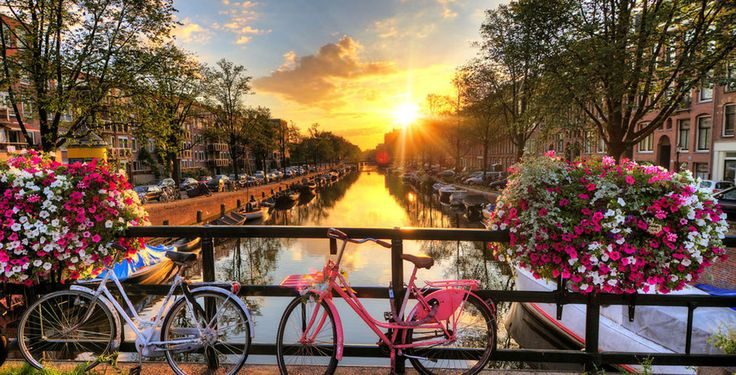 Möchtest du eine aussergewöhnliche Städtereise erleben? Dann auf nach Amsterdam!  Verbringe mit dem Angebot von Voyage Privé 2 bis 5 Nächte im 5-Sterne Hotel De l'Europe. Das Frühstück und der Flug sind im Preis ab 455.- inbegriffen.  Gelange hier zu dem Ferien Deal: https://www.ich-brauche-ferien.ch/ferien-deal-amsterdam-mit-hotel-und-flug-fuer-455/