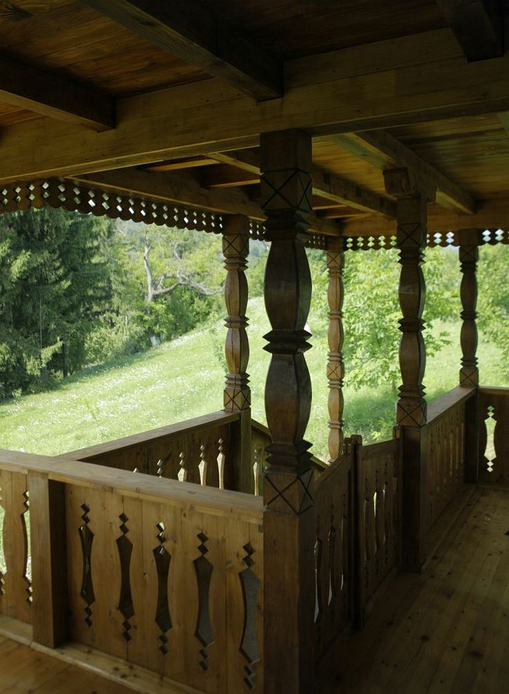 Despre casa traditionala romaneasca casa for Arhitectura case cu mansarda